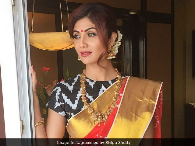Navratri 2017: Hema Malini, Shilpa Shetty And Other Stars Bring Along Festive Vibes