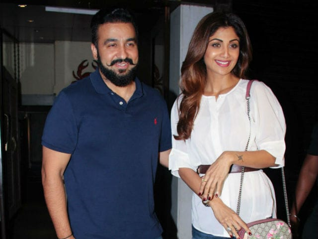 Shilpa Shetty's Outing Takes An Ugly Turn, Paparazzi Beaten Up By Bouncers