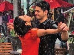 <I>Aiyaary</i>: Sidharth Malhotra And Rakul Preet Singh Make It Rain On Twitter
