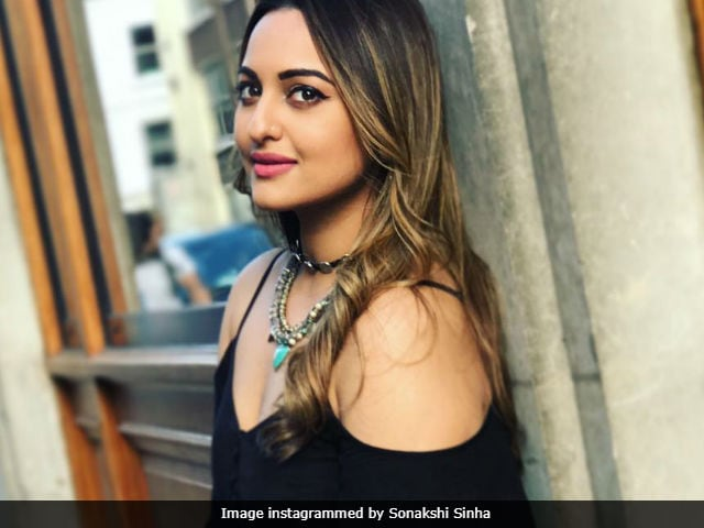 Sonakshi Sinha Completes 7 Years In Bollywood, Says 'Can Go On For 70 More'