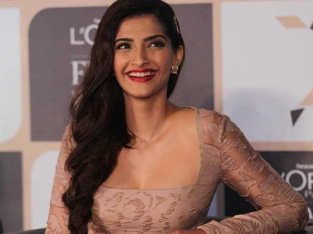 Sonam Kapoor Starting Two New Films Next Year. Yay!