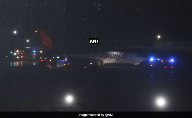 Spicejet Mishap: Travellers Suffer As Mumbai Airport Crawls