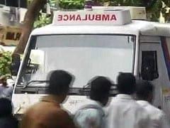 मुंबई के एलफिंस्टन रेलवे स्टेशन पर भगदड़, 22 की मौत, अधिकतर घायल खतरे से बाहर