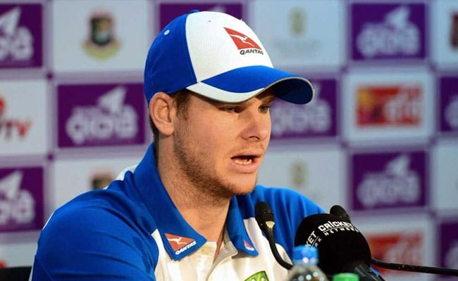 एशेज:  डे-नाइट टेस्ट के पहले दिन नहीं चला कंगारू बल्लेबाजों का जोर