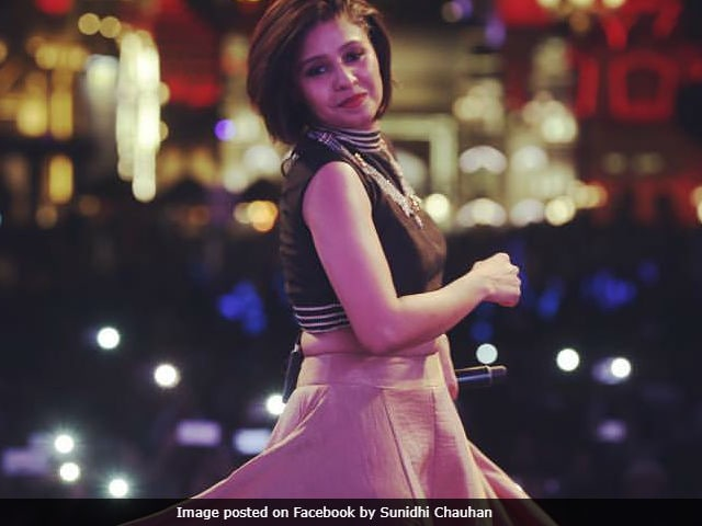 Sunidhi Chauhan Won't Quit Singing After Baby's Birth, Says She'll 'Balance Both'