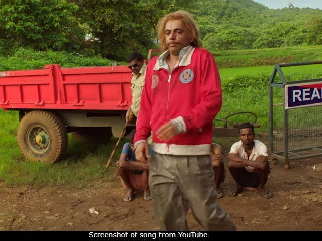 Sunil Grover As Billa Sharabi In New Song Daaru Pee Ke Girna Gets A Whole Lot Of Love On Twitter