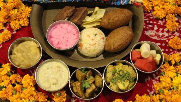 Sharad Navratri 2017: 13 Best Navratri Deals at Top Restaurants Across Delhi-NCR You Shouldn't Miss