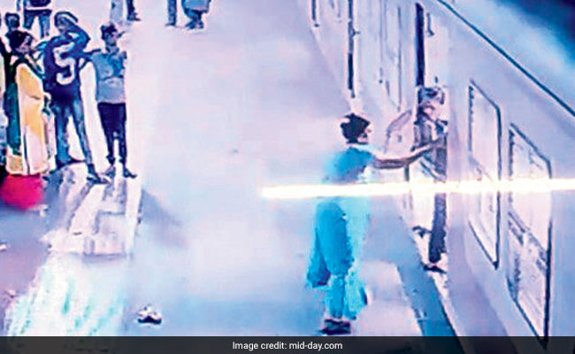 Woman Dragged Trying To Board Mumbai Local, Cop Saves Her