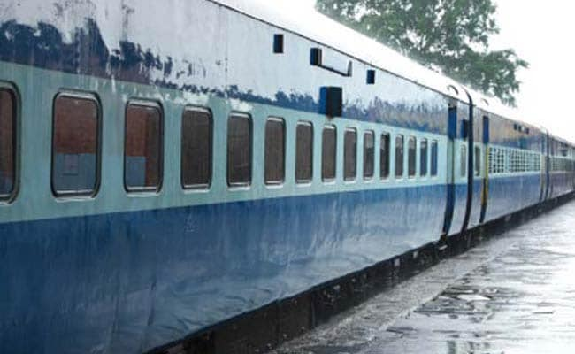 Robbers Break Into Haridwar Express Train, Loot Jewellery, Cash From Passengers