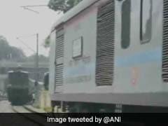 इलाहाबाद के पास एक ही ट्रैक पर आईं तीन ट्रेनें, बड़ा हादसा टला