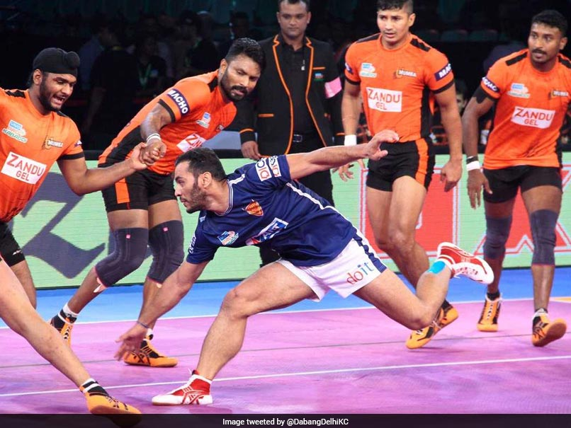 Pro Kabaddi League Season 5: U Mumba beat Dabang Delhi 30-28