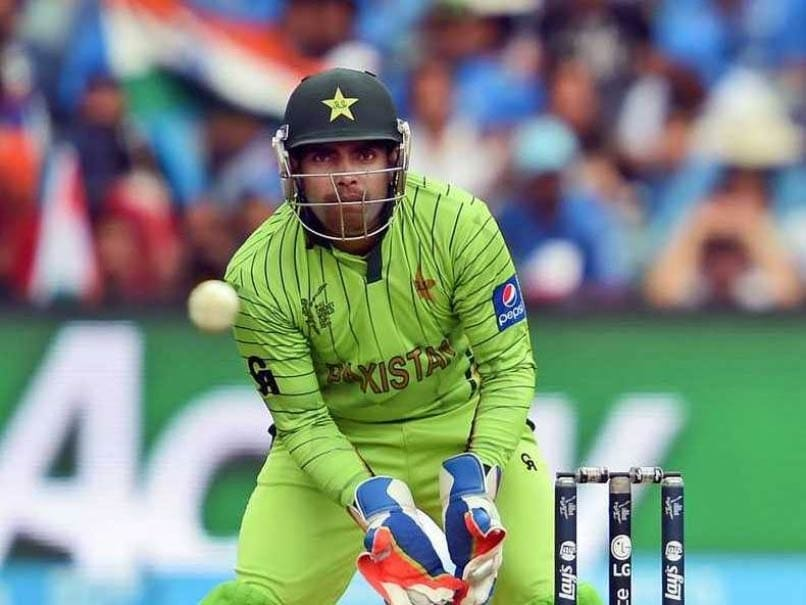 Pakistan Batsman Umar Akmal Banned, Fined Over Spat With Coach Mickey Arthur