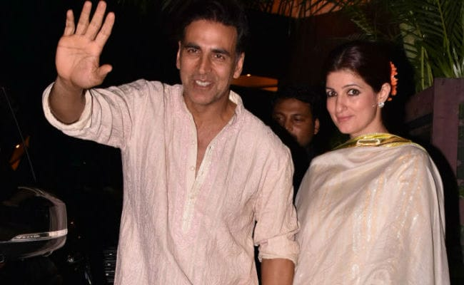 What Twinkle Khanna Says About Akshay Kumar's Comment On Mallika Dua