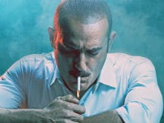 <i>Ittefaq</i> Posters: Twitter Loves Akshaye Khanna. Sorry, Sonakshi And Sidharth