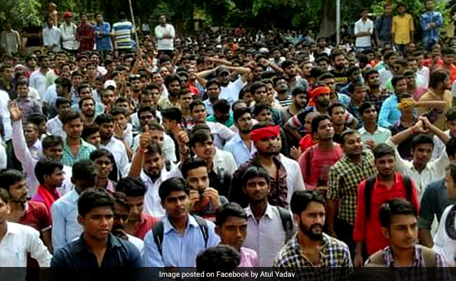 Samajwadi Chhatra Sabha (SCS) Trounces ABVP In Allahabad University Student Union Elections