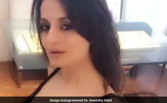 Ameesha Patel Trolled For This Pic Is Everything That's Wrong With Social Media