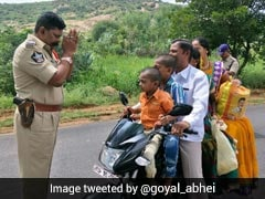Fed Up Andhra Cop's Hilarious Reaction To Traffic Offenders Is Viral
