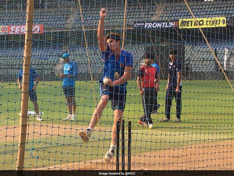 India vs New Zealand: Virat Kohli Faces Sachin Tendulkar's Son Arjun At Nets