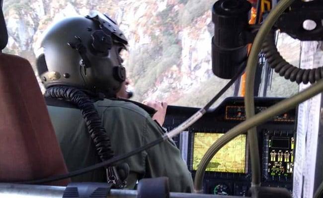 सेना के हेलीकॉप्टर ने हिमाचल में पैराग्लाइडिंग के दौरान फंसे अमेरिकी नागरिक को बचाया