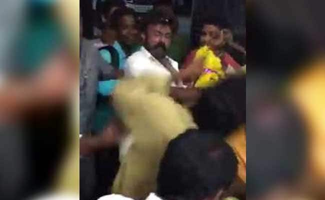 balakrishna slapping fan
