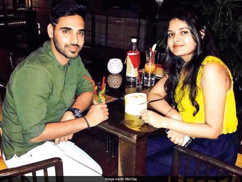 Bhuvneshwar Kumar Finally Reveals Mystery Girl's Photo From Dinner Date Almost 5 Months Ago