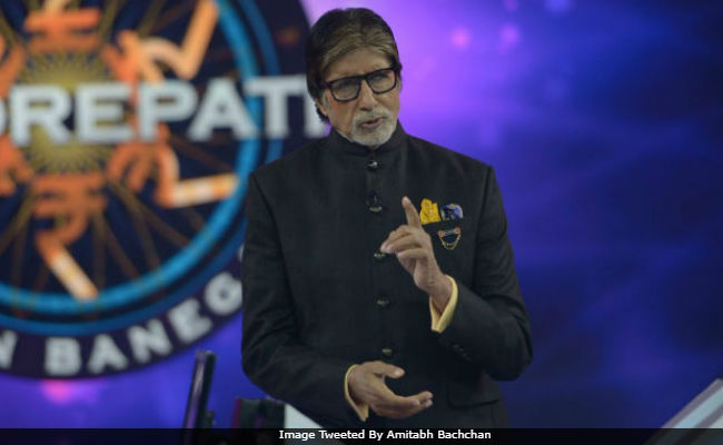 PM Modi wishes 'cinematic megastar' Amitabh Bachchan on 75th birthday