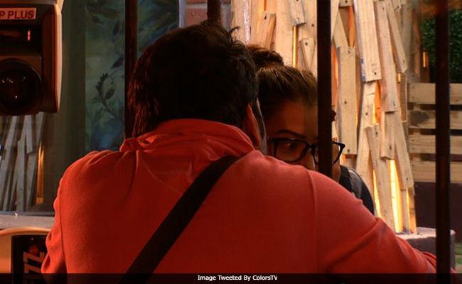 Bigg Boss 11, October 18: Shilpa Shinde, Vikas Gupta Friends Again?