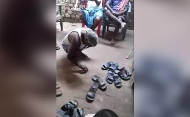 VIDEO: पंचायत ने एक व्यक्ति को सरेआम थूक चटवाया और चप्पलों से पिटवाया, जानें क्या है मामला