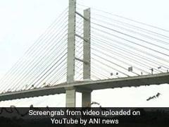 VIDEO: ब्राजील में पुल से 245 लोगों ने एक साथ लगाई छलांग, बन गया वर्ल्ड रिकॉर्ड