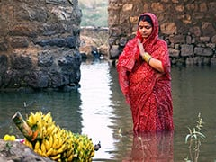 Chhath Puja 2018: Dala Chhath Sunrise, Sunset Timings, Significance And Celebrations