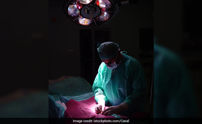 Indian surgeons separate twins joined at the head