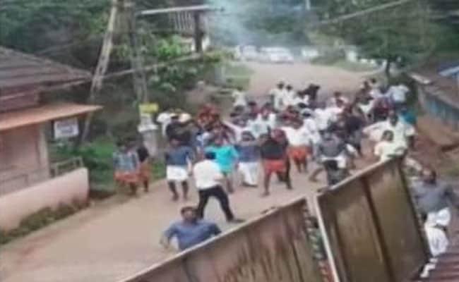 केरल : राज्य सरकार की नीतियों के खिलाफ यूडीएफ का बंद