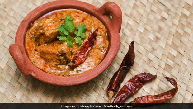 83-Year Old Meenakshi Meyappan Serves Fantastic Chettinad Food at a Palatial Home