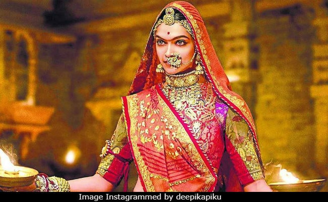 Padmavati: How Deepika Padukone Perfected The Many Ghoomar Twirls