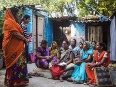 In Delhi, Army Of 800 Women Come Around To Say 'Your Power Bill Is Due'