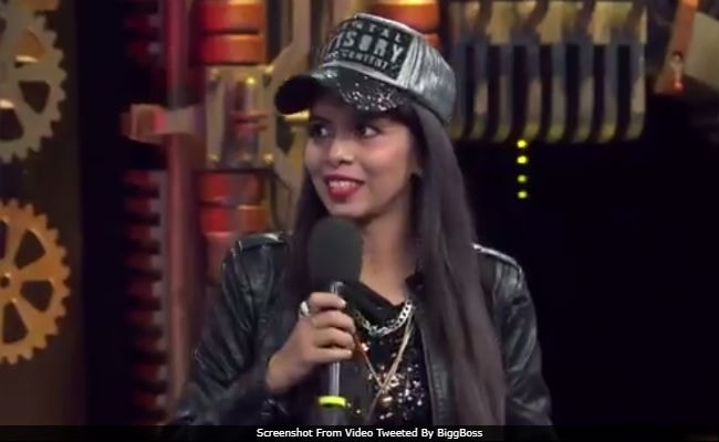 Bigg Boss 11, October 22: Dhinchak Pooja All Set To Enter Show. Contestants, Ready?