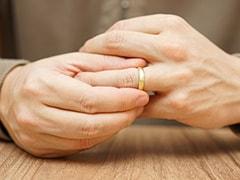 शादी के 7 साल बाद भी प्रेमी को नहीं भूल पा रही थी महिला, पति बोला कि मैं तलाक देने को तैयार