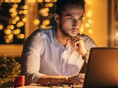 5 Thoughts You Have If You're Working On Diwali