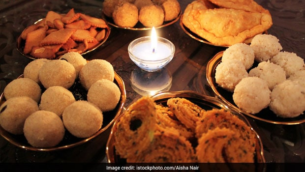 Diwali 2021- Special: 9 Healthy Food Tips For The Festive Feast