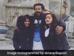 सैफ अली खान की बेटी की शूटिंग पर हैलीकॉप्टर से मिलने पहुंची एकता कपूर...