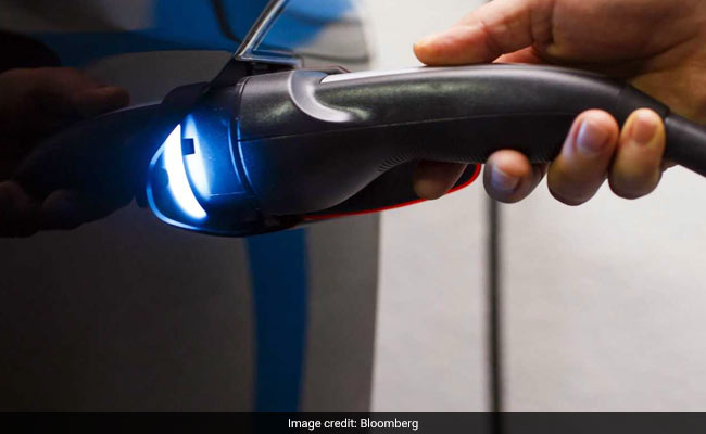 Railways To Give Charging Points For Electric Vehicles Soon