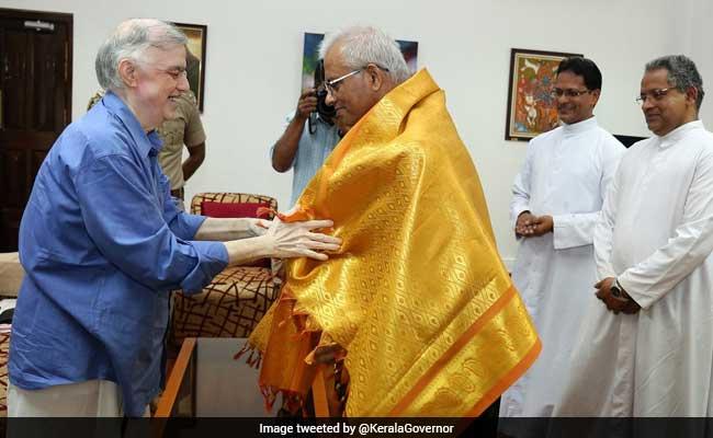 Father Tom Uzhunnalil Meets Kerala Governor