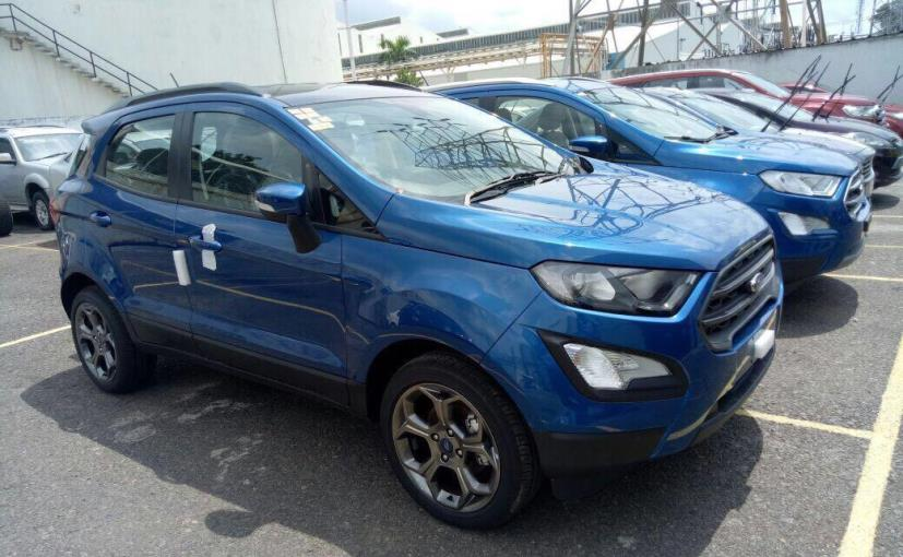 2017 ford ecosport titanium s variant spotted ahead of launch. Black Bedroom Furniture Sets. Home Design Ideas