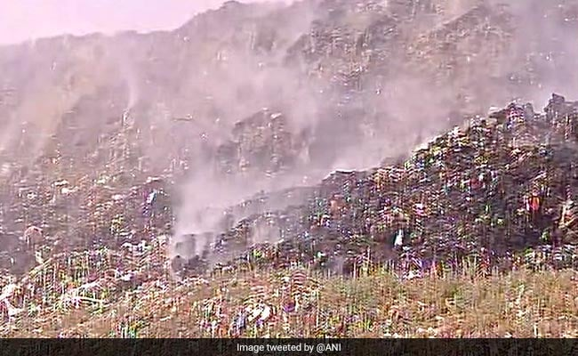 After 7 Hours, Delhi's Ghazipur Landfill Fire Extinguished