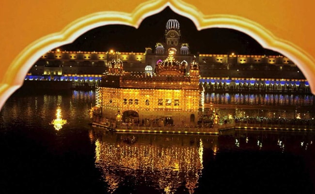 golden temple diwali pic