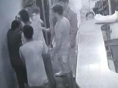 Watch: Gang Points Gun At Doctor, Demands Immediate Treatment For Friend