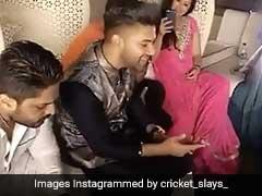 धोनी के घर पहुंच इस सिंगर ने सुनाए पंजाबी गाने, पत्नी साक्षी बनाती रही वीडियो