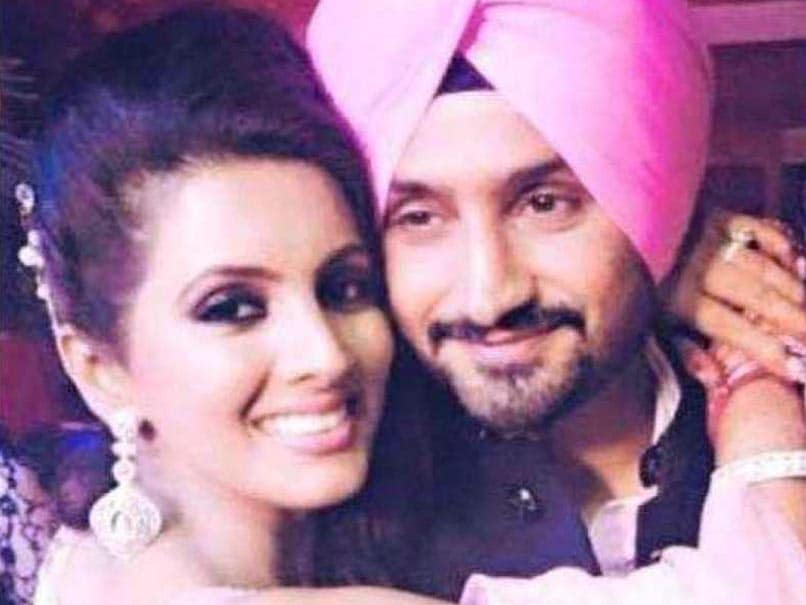 Harbhajan Singh Trolled On Twitter, Cricketer Gives Befitting Reply