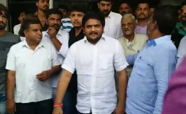 In Act Of Defiance Against BJP, Hardik Patel Shows Up In Court