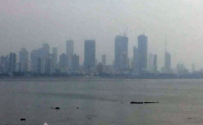 Mumbai Haze LIVE Updates: Pollution Surges, Air Quality Breaches 'Severe' Level